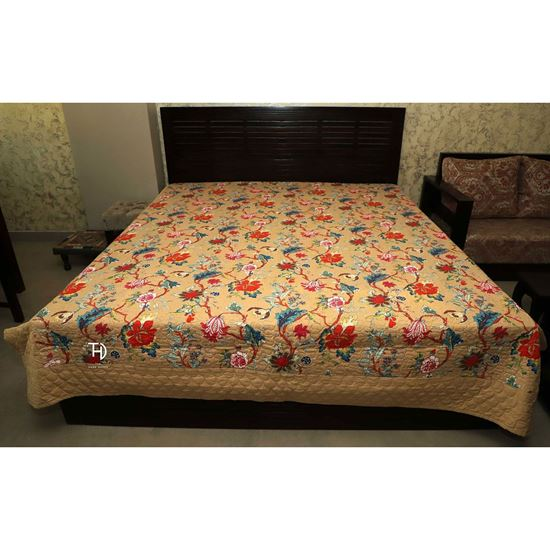Buy Quilt yellora for Bedroom Furniture